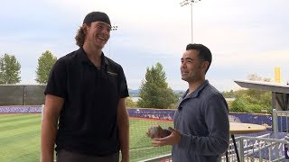 Washington baseball's Joe Wainhouse gives Mike Yam tour of Husky Ballpark, relives 2018 College...