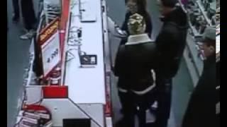 М Видео кража(20 октября прошлого года в период времени с трех часов дня до семи вечера с торгового зала магазина «М-Видео»..., 2013-02-16T03:20:15.000Z)