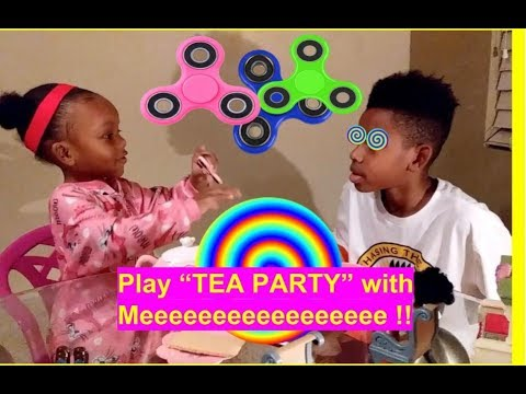 Qiyamah FIDGET SPINNER HYPNOTIZES Natural Brother to make him play TEA PARTY with her - PRETEND PLAY