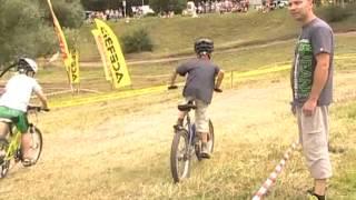 Cēsu pilsētas svētki  velosipēdi klase no 6 līdz 8 gadiem   26 07 2015(, 2015-07-28T14:11:48.000Z)