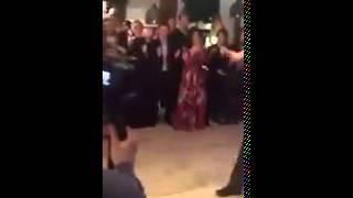 Слуцкий читает реп на свадьбе