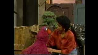Sesame Street - Maria Helps Telly Feel Better