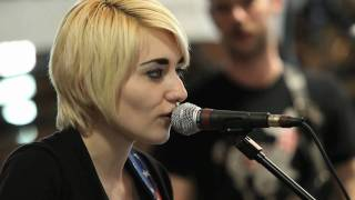 Jessica Lea Mayfield - Our Hearts Are Wrong (Live on KEXP)