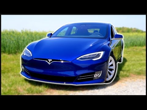 TESLA MODEL S - TECH INSIDE!