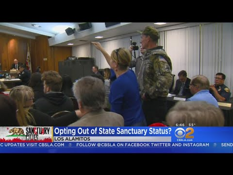 Los Alamitos Votes To Shed Sanctuary Status