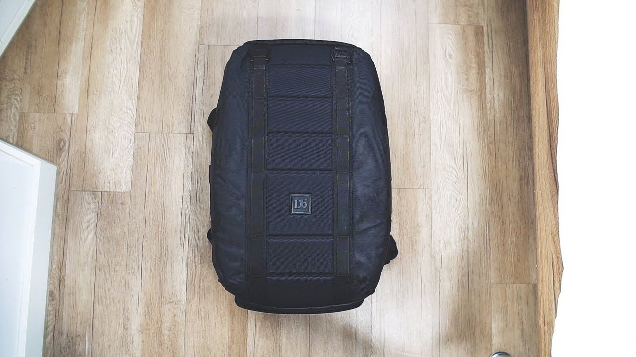 0be24de65dad1 Douchebags Carryall 40L - An almost perfect gym bag - YouTube