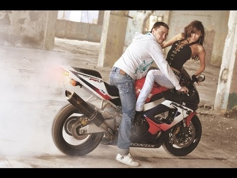 moto burnout and girl youtube. Black Bedroom Furniture Sets. Home Design Ideas