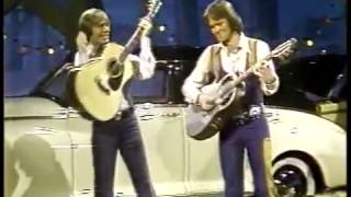 John Denver & Glen Campbell - Thank God I'm a Country Boy (1977) - Don't It Make You Want to Go Home