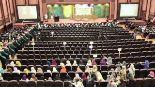 Graduation Ceremony of Al-Azhar University 2011 Part 2/8