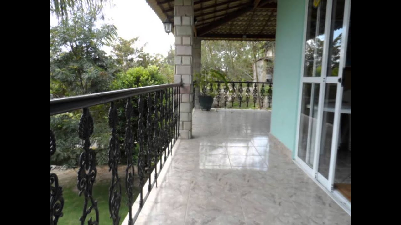 Maravilhosa casa triplex 4 quartos piscina for Piscinas e jardins