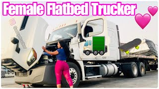 Flatbed Trucking (chaining, tarping & strapping)    #femaletrucker#truckdriver#travel