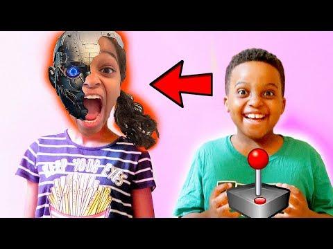 Robot IN SHASHA'S BRAIN! - Shiloh and Shasha - Onyx Kids