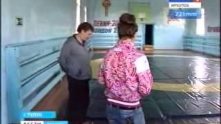 Наталья Воробьева подарила тренеру автомобиль
