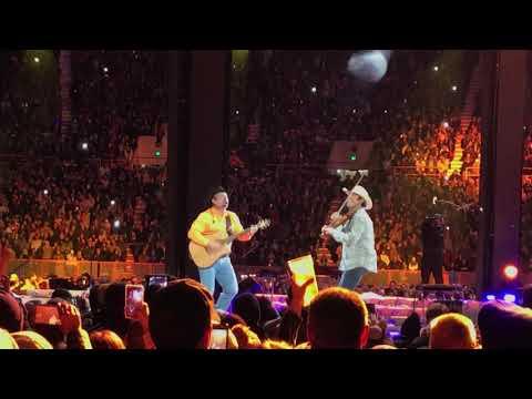 Garth Brooks - Rocky Top At Neyland Stadium