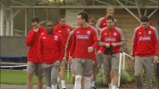 Wayne Bridge quits England after Terry affair