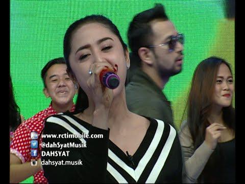 Goyang Heboh Dewi Persik ''Halalin Aku'' [Dahsyat] [2 Mar 2016]