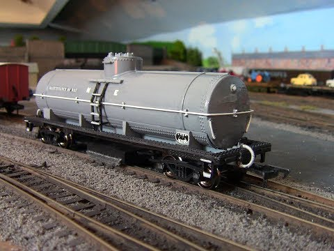 The Ho Bachmann cleaning car transformed….No143