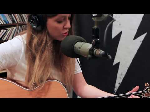 Jade Bird - Something American - Live on Lightning 100