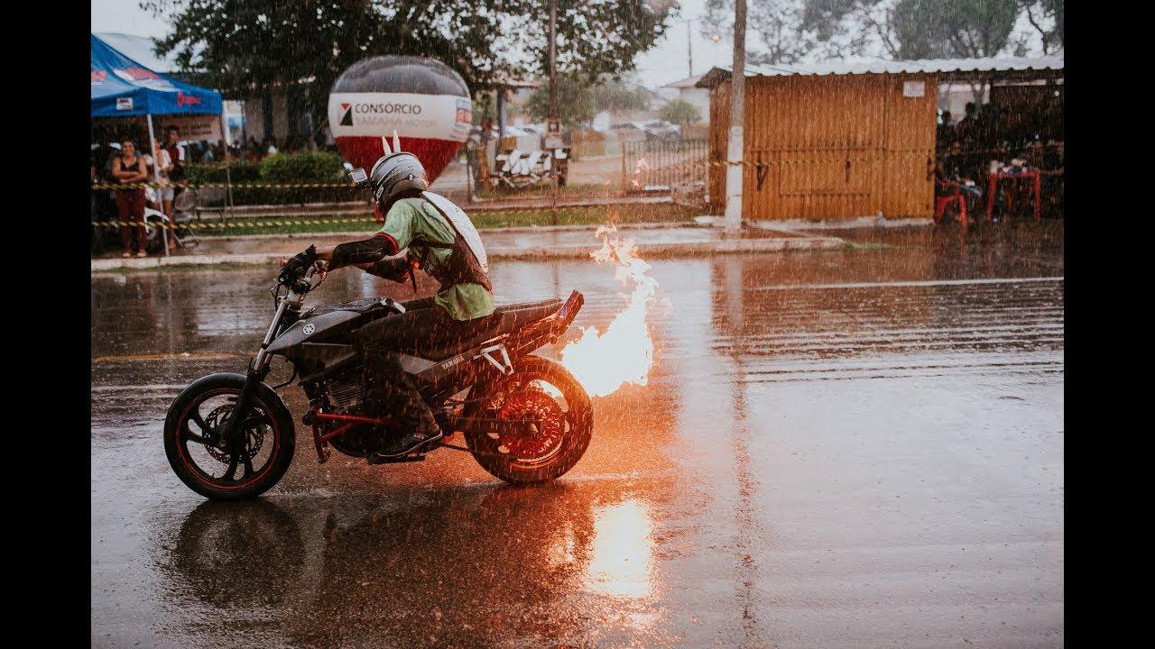 NS Vs FZ Bike Wheeling - YouTube