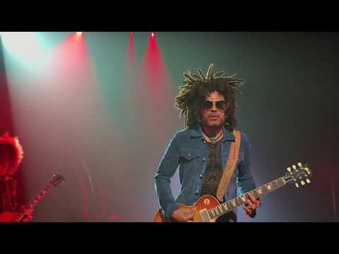 Lenny Kravitz - Fly Away / Dig In / Bring It On / American Woman (Live)
