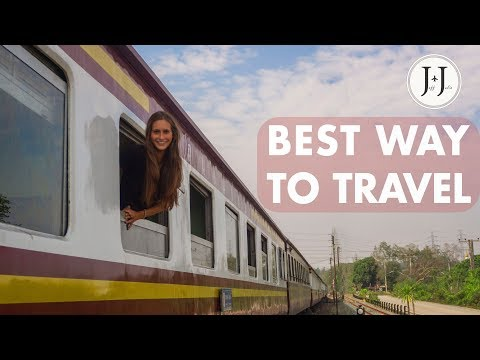 A comfy travel by NIGHT TRAIN (second class)   Bangkok to Chiang Mai - Vlog #47
