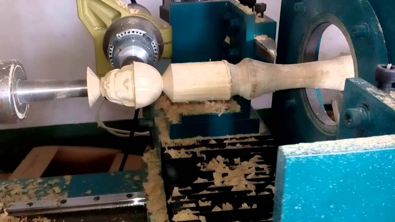 Lathe work on wood: craft or art