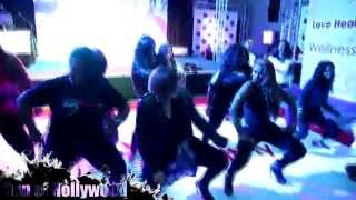 Tisha Campbell Martin & AJ Johnson Get Their Shimmy On At The BET Experience Pt. 1
