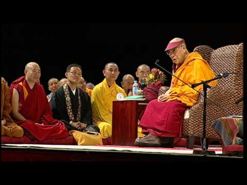 The 14th Dalai Lama of Tibet Sydney Teaching 14th-16th June 2013 Jewel Lamp The Praise of Bodichitta