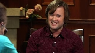 Playing Gay | Haley Joel Osment | Larry King Now - Ora TV