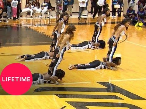 Bring It!: Stand Battle: Dancing Dolls vs. Dazzling Divas Medium Stand (S2, E9) | Lifetime