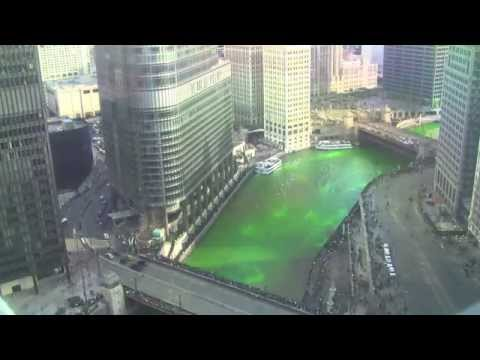2015 Dyeing the Chicago River Green for St. Patricks Day - Time-lapse