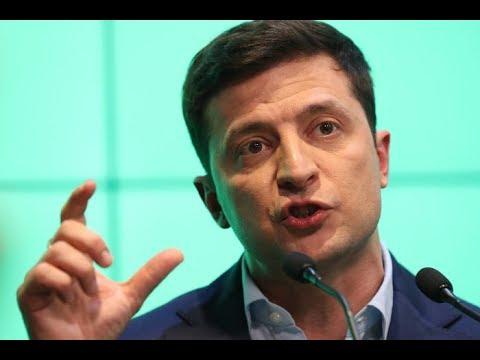 Зеленский допустил наделение русского языка особым статусом в Донбассе.