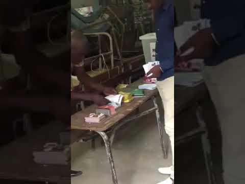 Djidda Thiaroye Kao à l'école Madi Ndiaye Bureau 11: des bulletins du candidat