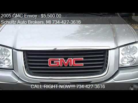 2005 GMC Envoy for sale in Livonia, MI 48150 at the Schultz