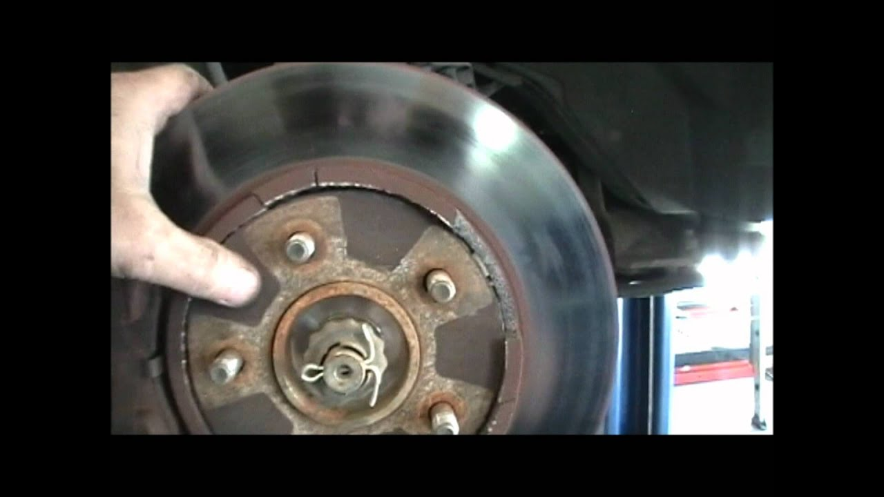 how to clean brake rotors on car