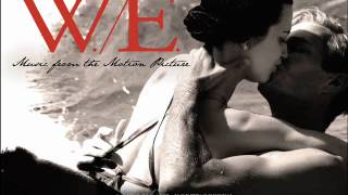 W.E. [Music from the Motion Picture] - 08 Evgeni's Waltz Resimi