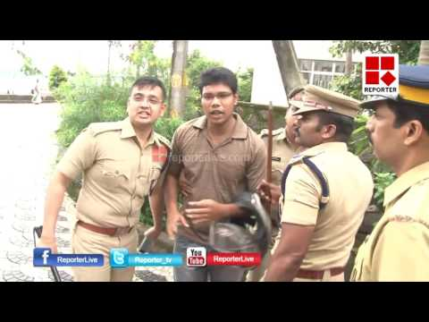 Here is how DCP Yatheesh Chandra attacked the protesters in Kochi │Reporter Live