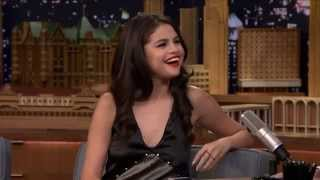 Selena Gomez Checks the Tonight Show Studio for Ghosts (русские субтитры)