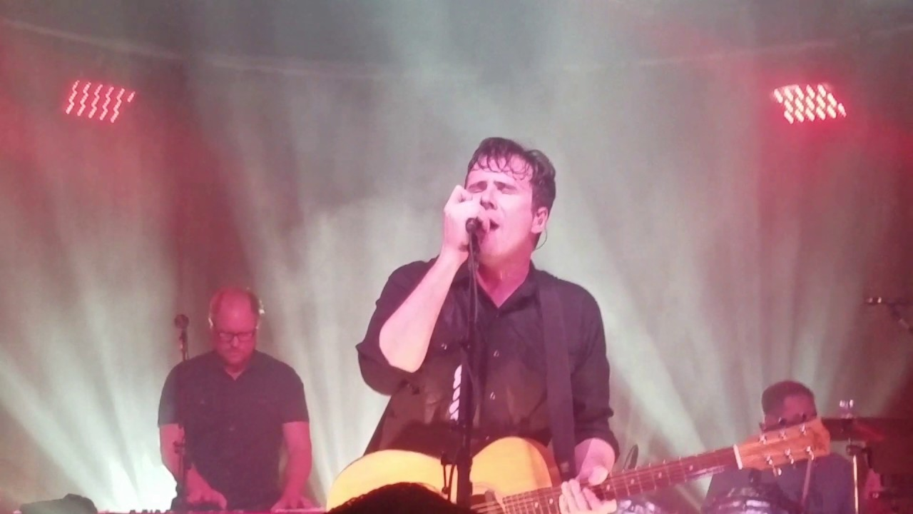 Jimmy Eat World - Last Christmas (in Philly) - YouTube