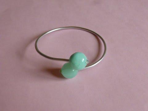 83bd13218b70 DIY Como hacer una pulsera con bolas y alambre de aluminio - YouTube