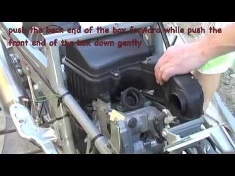 07+ suzuki burgman 400 - valve inspection - part 1 - youtube suzuki intruder 1400 fuse box location #14