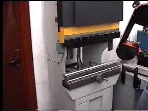 Piegatrice manuale pressopiegatrice manuale piega l for Costruire pressa idraulica