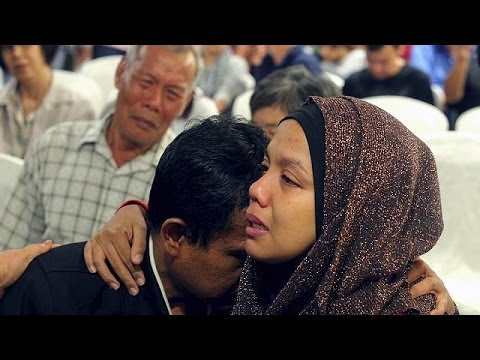 Relatives' anger at 'lack of information' from Malaysia Airlines