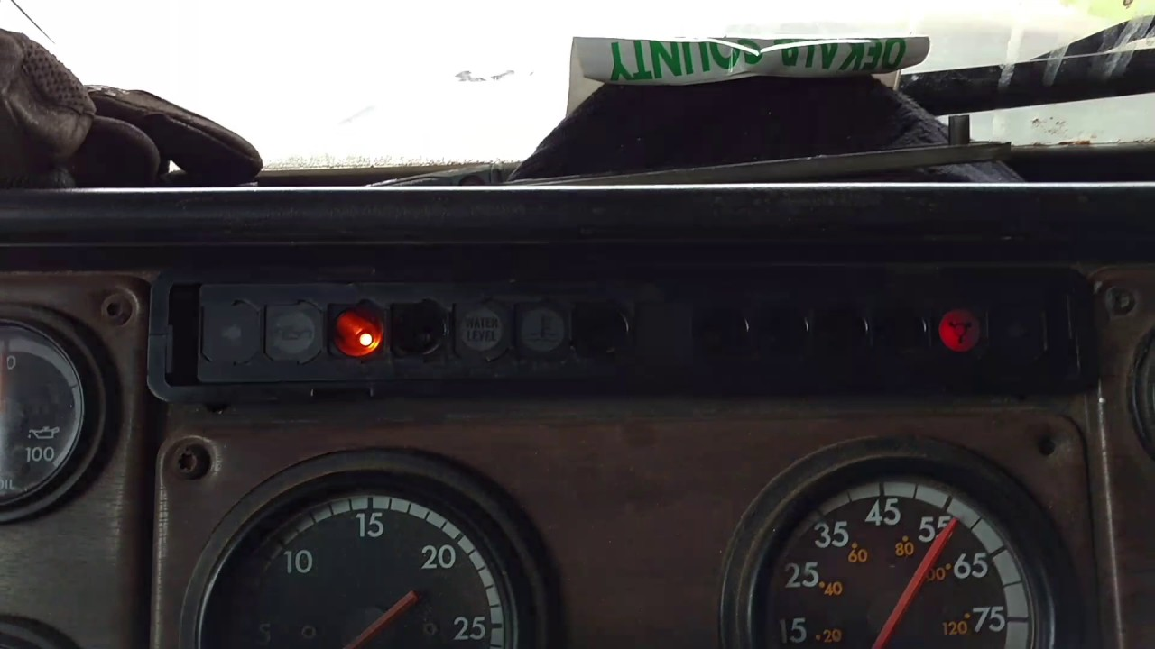 94' FLD120 yellow dash lights?? | TruckersReport com