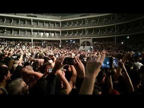Machine Head @ Coliseu Lisboa April 30, 2018 - Circle pit!