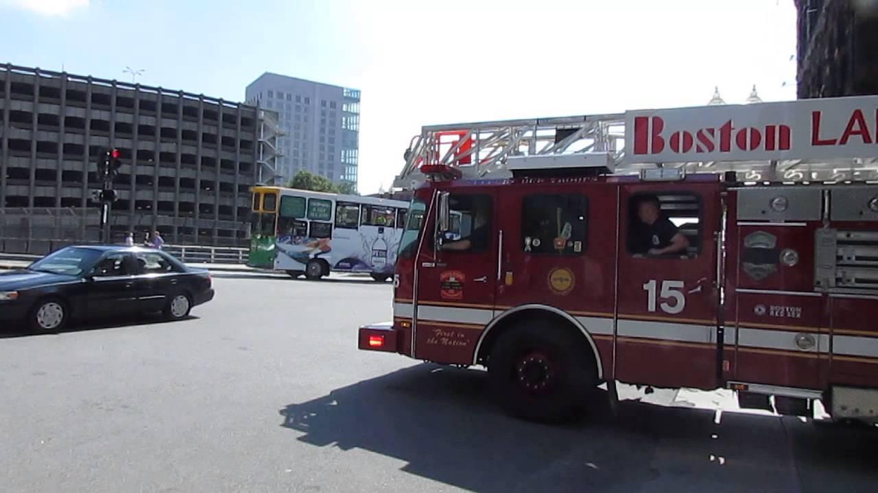 Boston Fire Dept Ladder 15 Responding Youtube