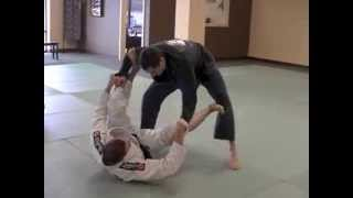 "Basic Spider Guard Sweep by Marcos ""Yemaso"" Torregrosa - BJJGrappling"