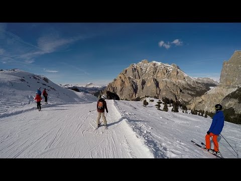 Dolomiti Super8 ski tour (the most spectacular mountain scenery the Dolomites can offer.)