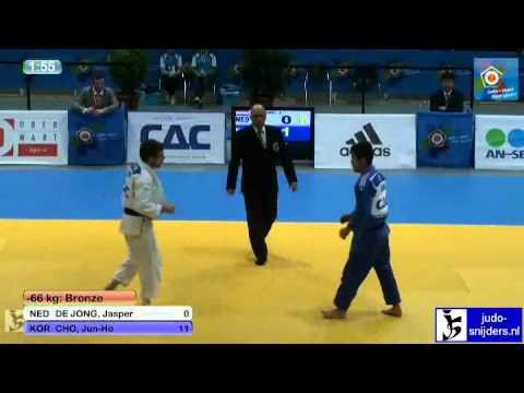 Jasper de Jong (NED) - Jun-Ho Cho (KOR) [-66kg] bronze