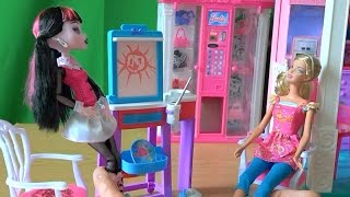 Видео с куклами Монстер Хай серия 14 Дракулаура учиться рисовать у Барби(Видео с куклами Монстер Хай серия 14 Дракулаура учиться рисовать у Барби., 2015-08-18T13:54:21.000Z)